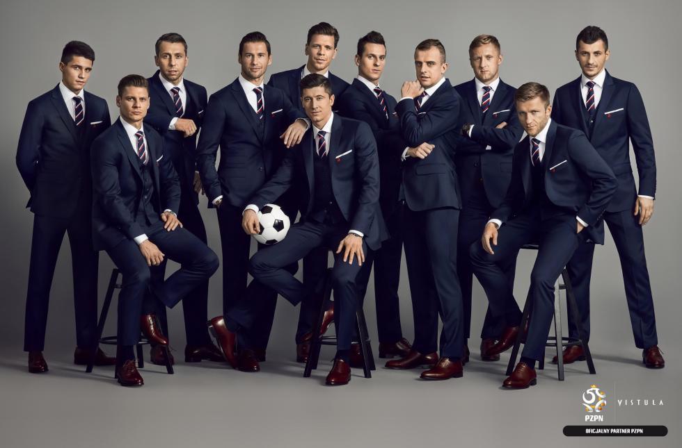 Oto formalny strój reprezentacji Polski wpiłce nożnej